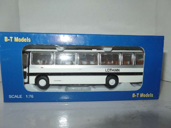 B T Models B005 1/76 Duple Dominant II Leyland Tiger Coach Lothian Transport